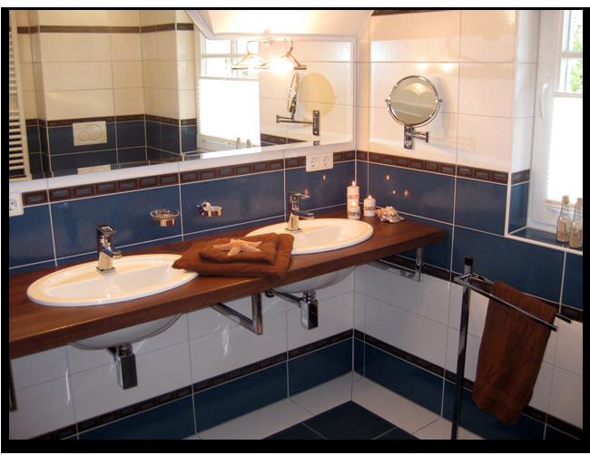 2 Badezimmer im Ferienhaus Sonnenschein in Zingst